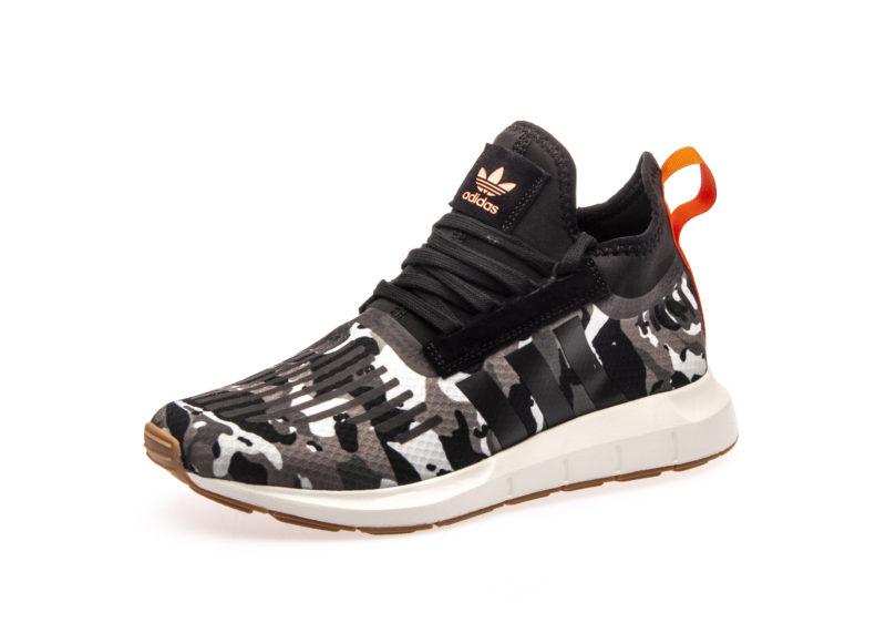 Adidas SWIFT RUN BARRIER Men's Shoe